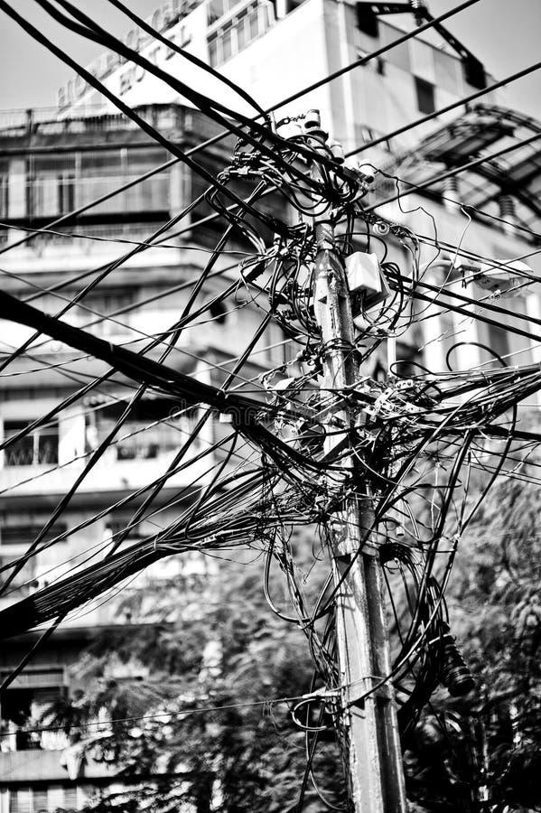 Cables de teléfono sucios imagen de archivo