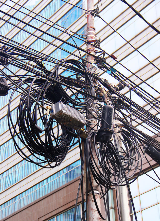 Cables eléctricos en Asia foto de archivo libre de regalías