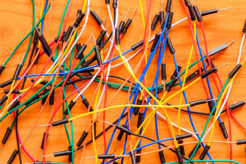 Cables en el piso de madera imagen de archivo libre de regalías