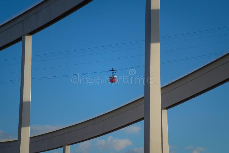 Cableway i Barcelona arkivfoto