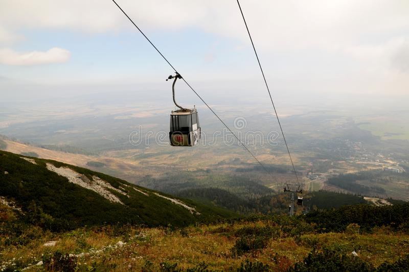 Cableway od Tatranska Lomnica Lomnica jezioro, Wysoka Tatras góra, Sistani obrazy royalty free