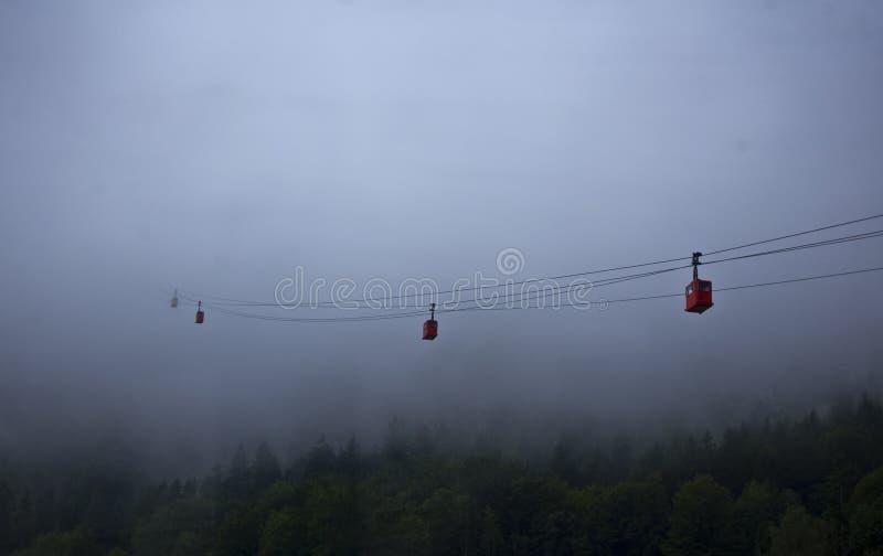 Cabo aéreo da névoa imagens de stock royalty free