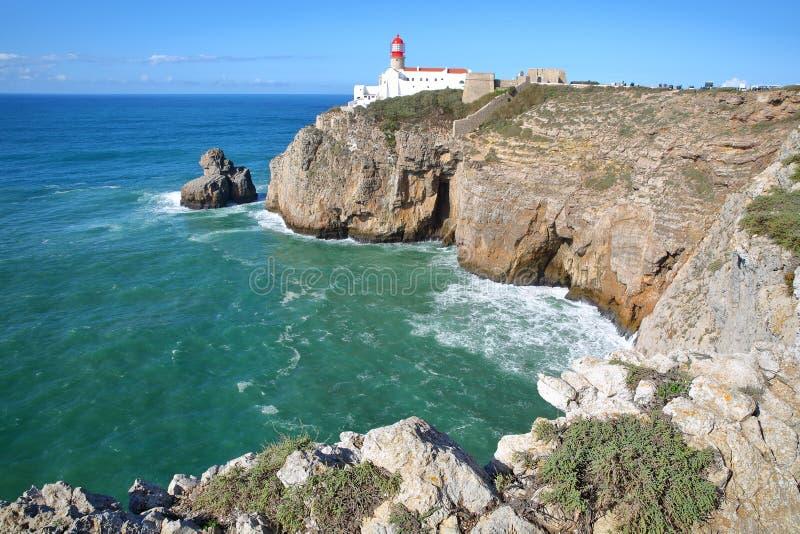 Cabo de Sao Vicente St Vincent, con paisaje colorido y los acantilados dramáticos, Sagres, Algarve fotos de archivo libres de regalías