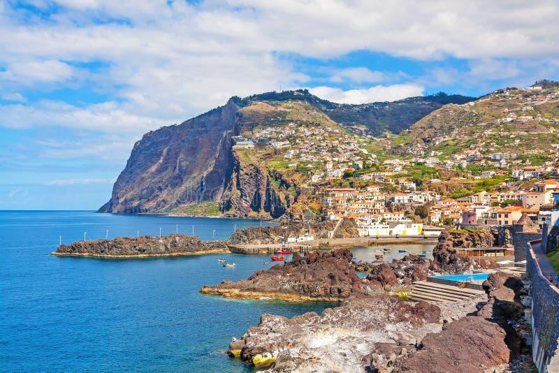 Cabo Girao/port Camara de Lobos, Madère photos stock