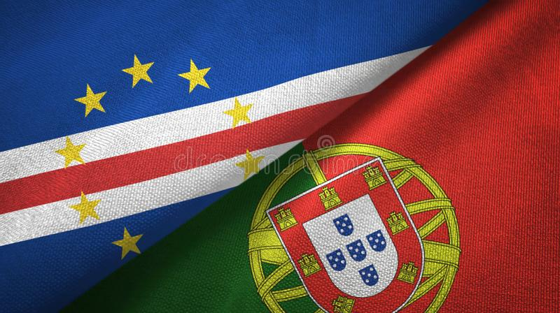 Cabo Verde και Πορτογαλία δύο υφαντικό ύφασμα σημαιών, σύσταση υφάσματος απεικόνιση αποθεμάτων