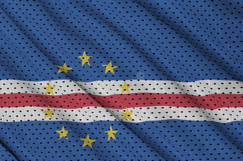 Cabo Verde flagga som skrivs ut på ett fab ingrepp för polyesternylonsportswear arkivfoton