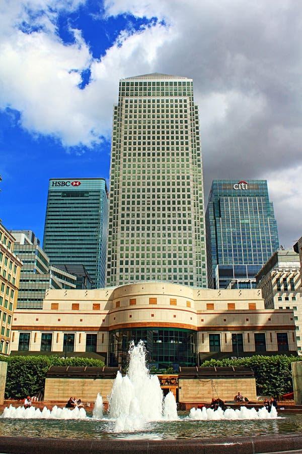 Cabot Square Canary Wharf London Royaume-Uni image stock
