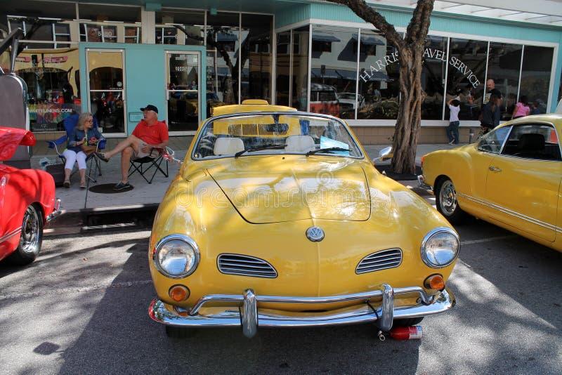 Cabrio clásico de Volkswagen Karmann Ghia imágenes de archivo libres de regalías