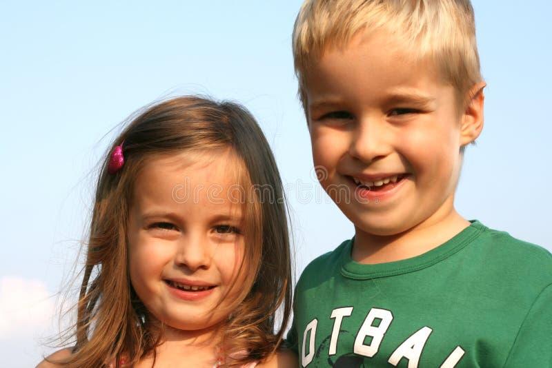 Cabritos del hermano y de la hermana imagen de archivo libre de regalías