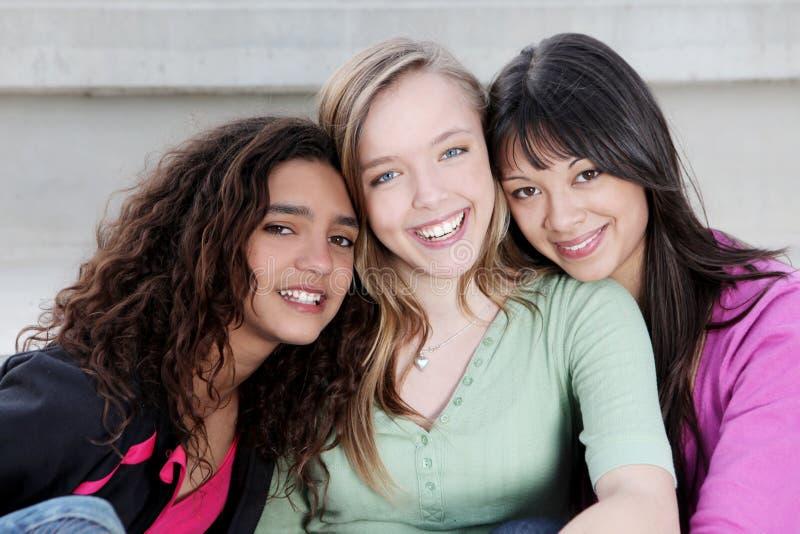 Cabritos diversos de las adolescencias