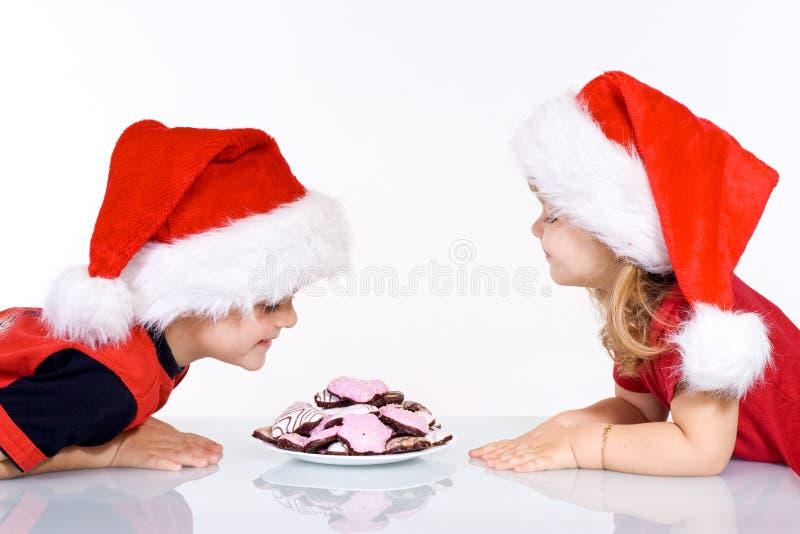 Download Cabritos Felices Con Las Galletas De La Navidad Foto de archivo - Imagen de lifestyle, feliz: 7276886