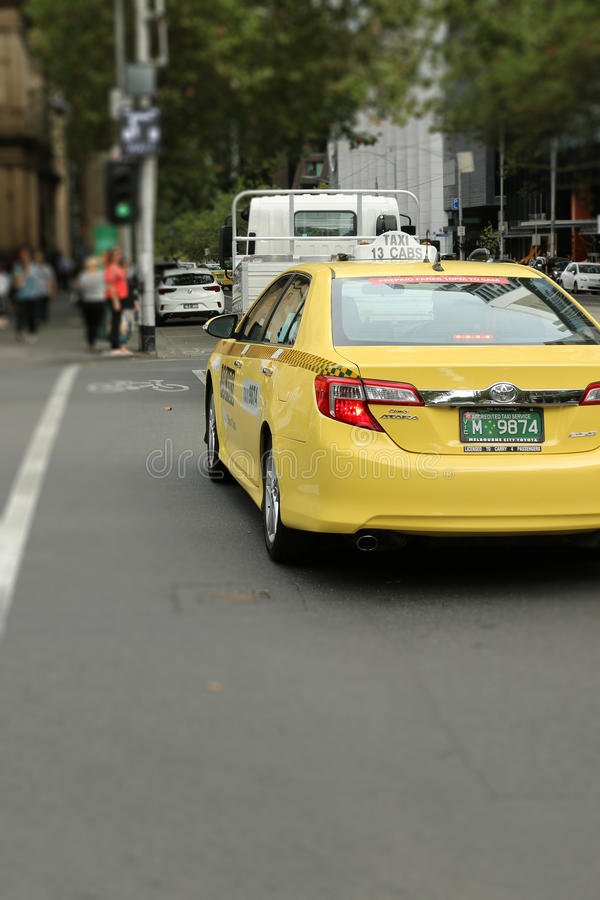 13CABS, poseído por Cabcharge, es uno de los dos proveedores de servicios principales de la red del taxi en la mayor área de Melb foto de archivo