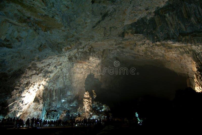 CACAHUAMILPA, MEXIQUE - 2010 : Cavernes de Grutas de Cacahuamilpa Cacahuamilpa images stock