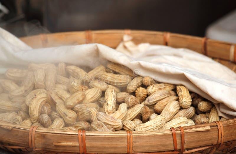 Cacahuetes cocidos al vapor fotos de archivo libres de regalías