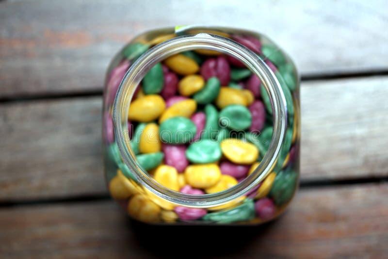 Cacahuetes revestidos 3 del azúcar foto de archivo libre de regalías