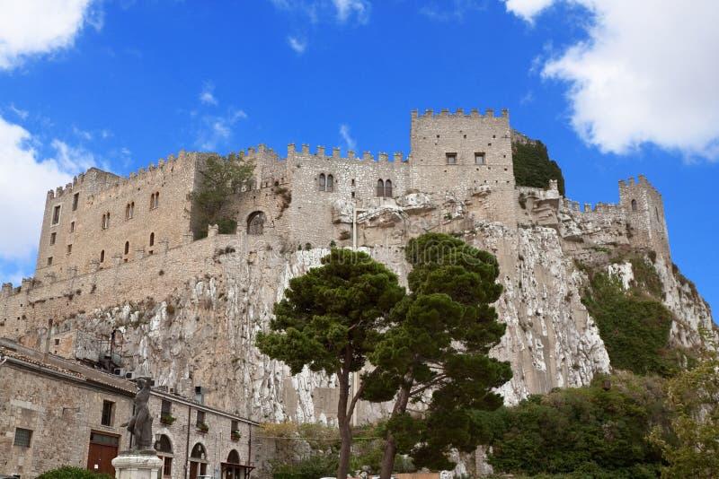 Caccamo slott arkivbilder