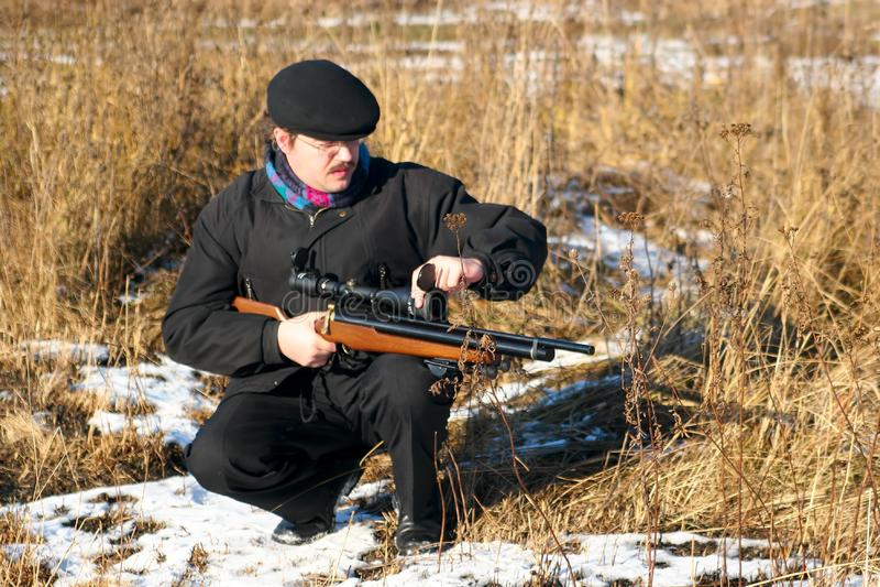 Cacciatore di inverno immagine stock libera da diritti