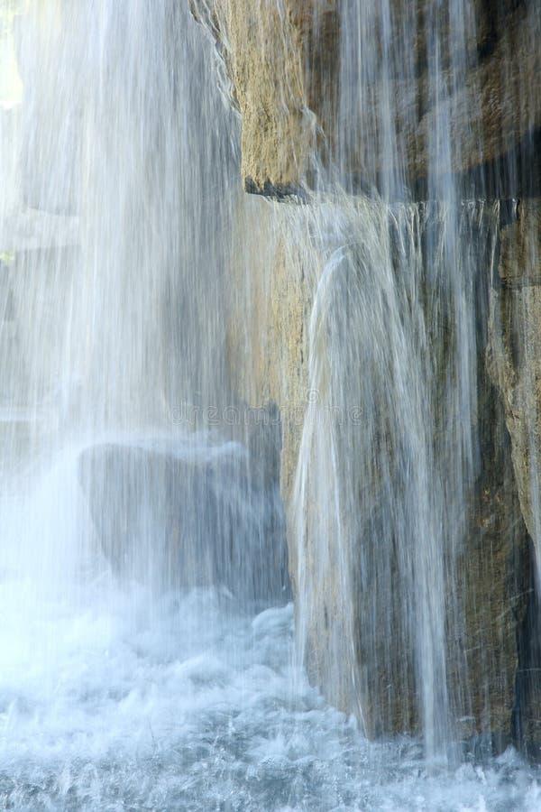 Download Cachoeira foto de stock. Imagem de queda, paisagem, rochas - 26524262