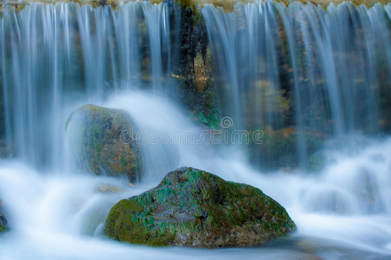 Download Cachoeira imagem de stock. Imagem de verde, greece, água - 26524531