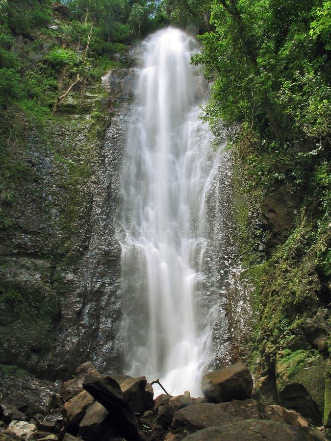 Download Cachoeira foto de stock. Imagem de nave, paisagem, cachoeira - 528866