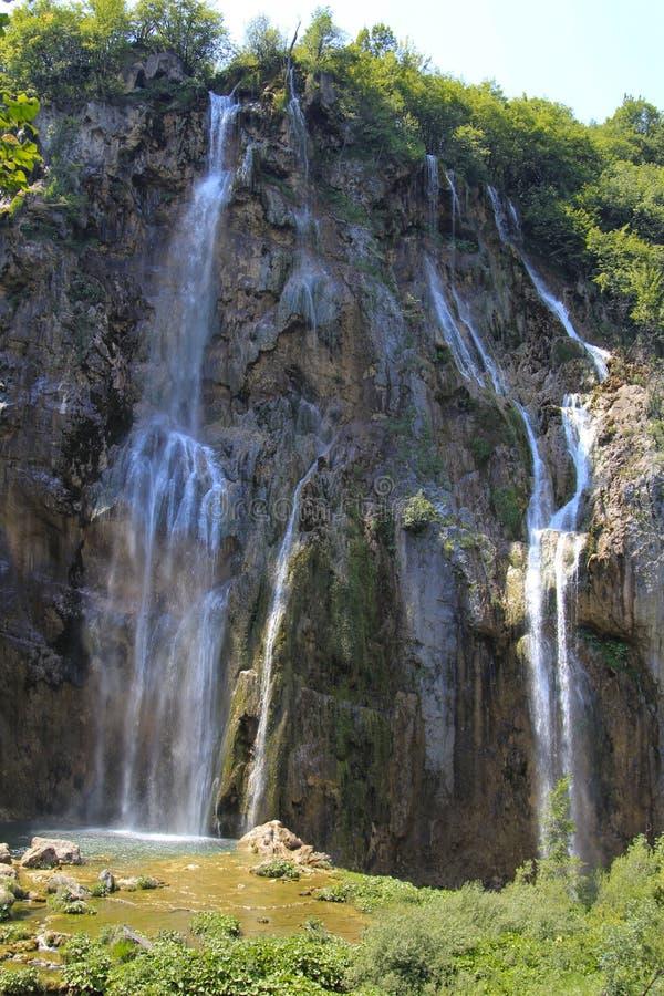 Cachoeira alta do penhasco Croácia imagens de stock royalty free