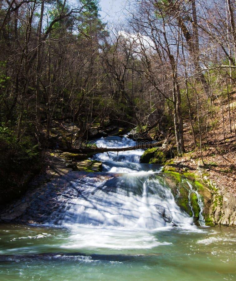 Cachoeira corrida rujir (mais baixas quedas), Virgínia, EUA imagem de stock