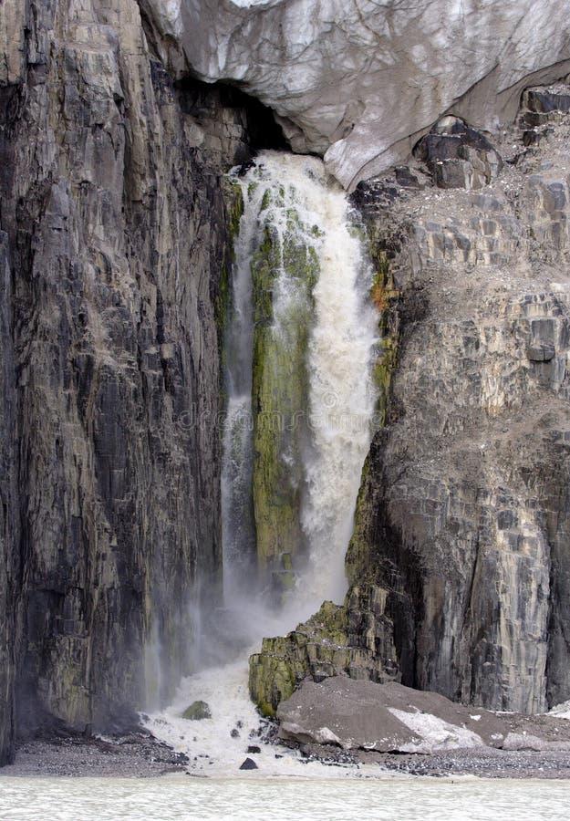 Cachoeira da parte inferior da geleira imagens de stock