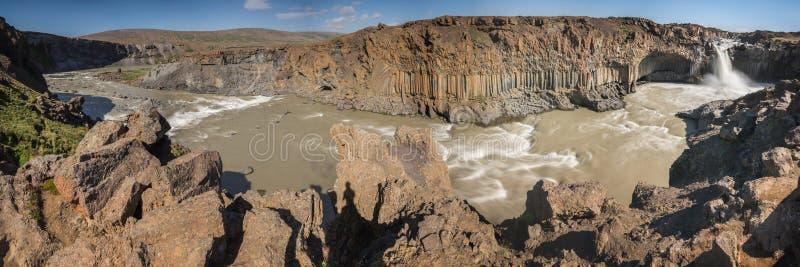 Cachoeira de Aldeyjarfoss foto de stock royalty free
