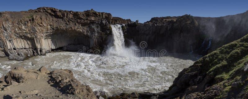 Cachoeira de Aldeyjarfoss fotografia de stock