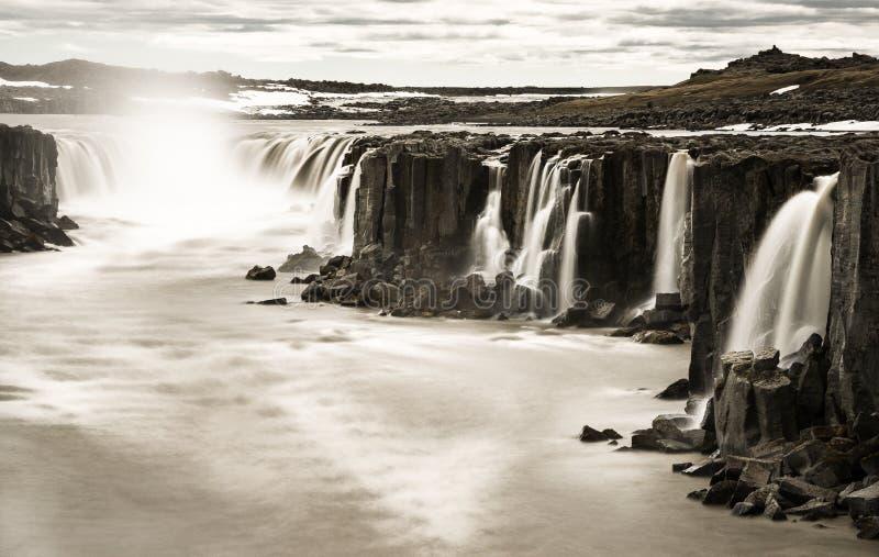 Cachoeira de Dettifoss foto de stock
