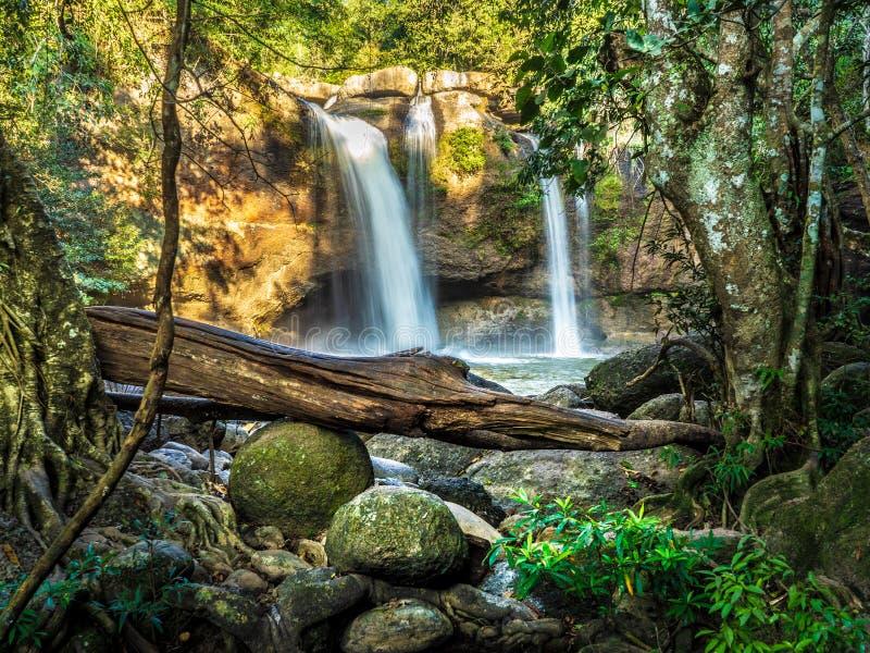 Cachoeira de Haew Suwat foto de stock