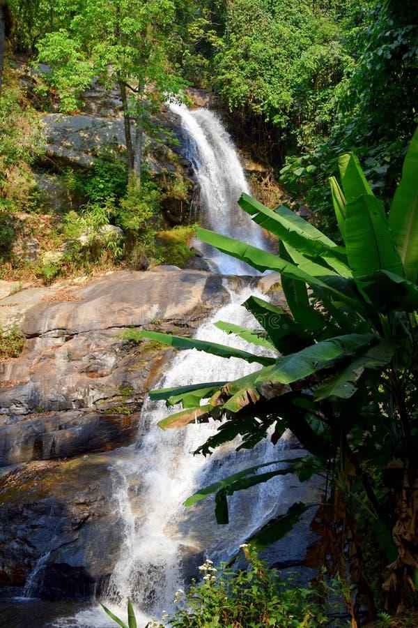 Cachoeira de Huay Mae Khamin, Tailândia fotos de stock royalty free