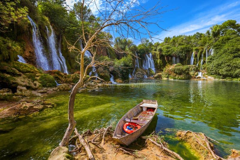 Cachoeira de Kravice em Bósnia e em Herzegovina foto de stock