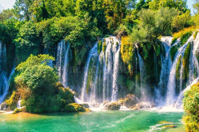 Cachoeira de Kravice no rio de Trebizat em Bósnia e em Herzegovina fotografia de stock royalty free