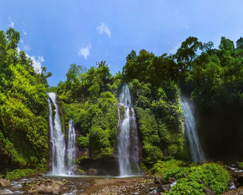 Cachoeira de Sekumpul - ilha Indonésia de Bali imagens de stock royalty free