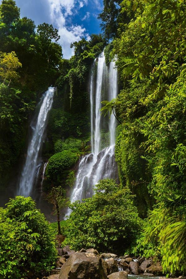 Cachoeira de Sekumpul - ilha Indonésia de Bali fotos de stock royalty free