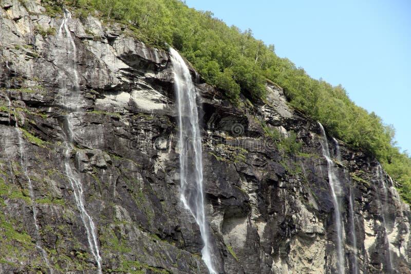 A cachoeira de sete irmãs, fiorde de Geiranger, Hellesylt Noruega fotografia de stock royalty free