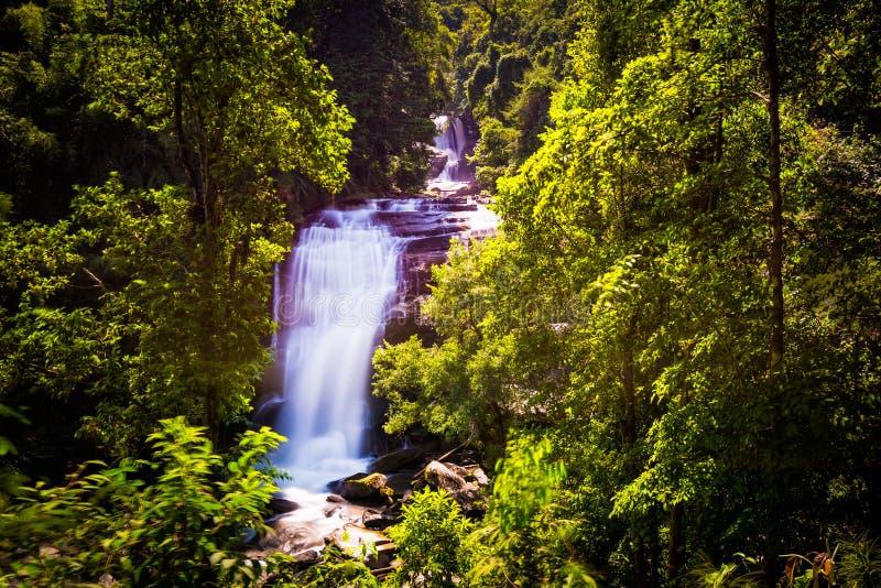 Cachoeira de Sirithan no chiangmai Tailândia fotografia de stock royalty free