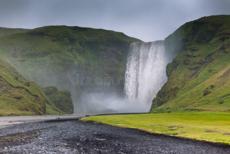 Cachoeira de Skogafoss, Islândia fotos de stock royalty free