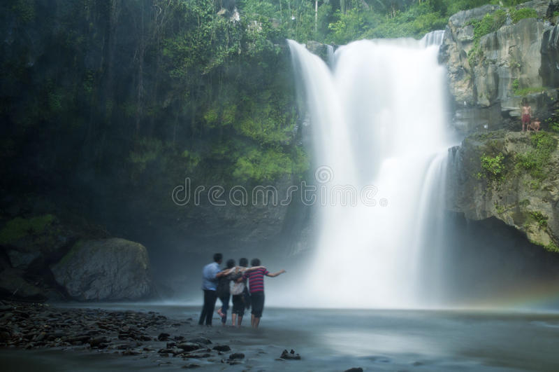 Cachoeira de Tegenungan em Bali foto de stock royalty free