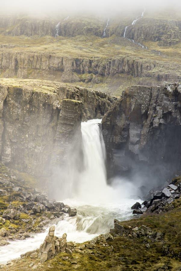 Cachoeira de Unknow em Islândia foto de stock