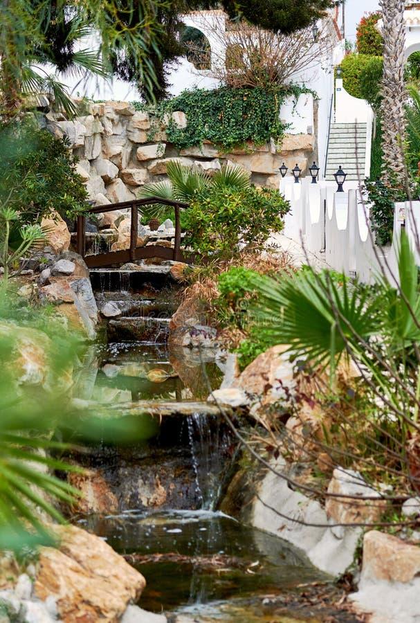 Cachoeira decorativa fora imagem de stock royalty free