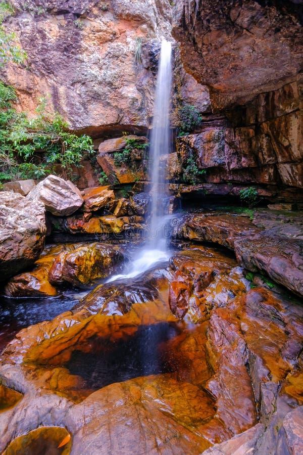 Cachoeira a Dinamarca primavera, cachoeira da mola, parque nacional de Chapada Diamantina, Lencois, Baía, Brasil, Ámérica do Sul imagens de stock royalty free