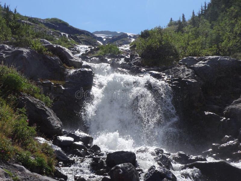 Cachoeira do derretimento da neve fotografia de stock royalty free