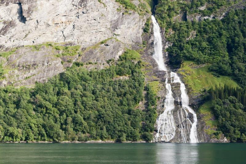 Cachoeira do Fjord de Geiranger, Noruega fotos de stock