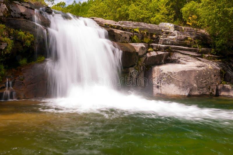 Cachoeira do melão, no melão, Orense, Spain fotos de stock royalty free