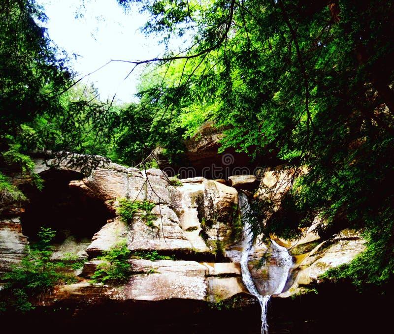 Cachoeira dos montes de Hocking imagens de stock