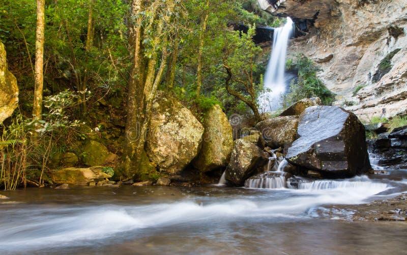 Cachoeira em Drakensberg, África do Sul fotos de stock
