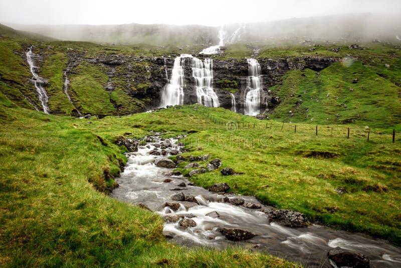 Cachoeira em Faroe Island fotos de stock