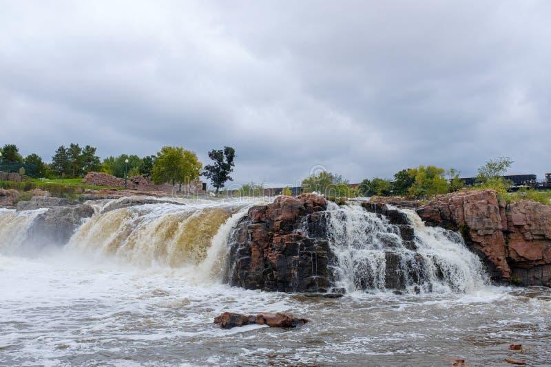 Cachoeira em Sioux Falls, South Dakota imagem de stock